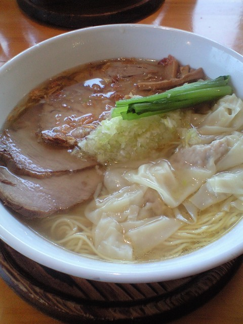 塩ワンタンチャーシュー麺